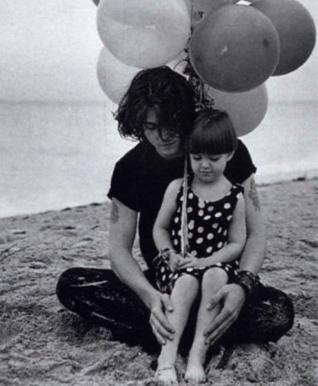 Johnny and Lily - Lily Rose Melody Depp Photo (31458051 ...