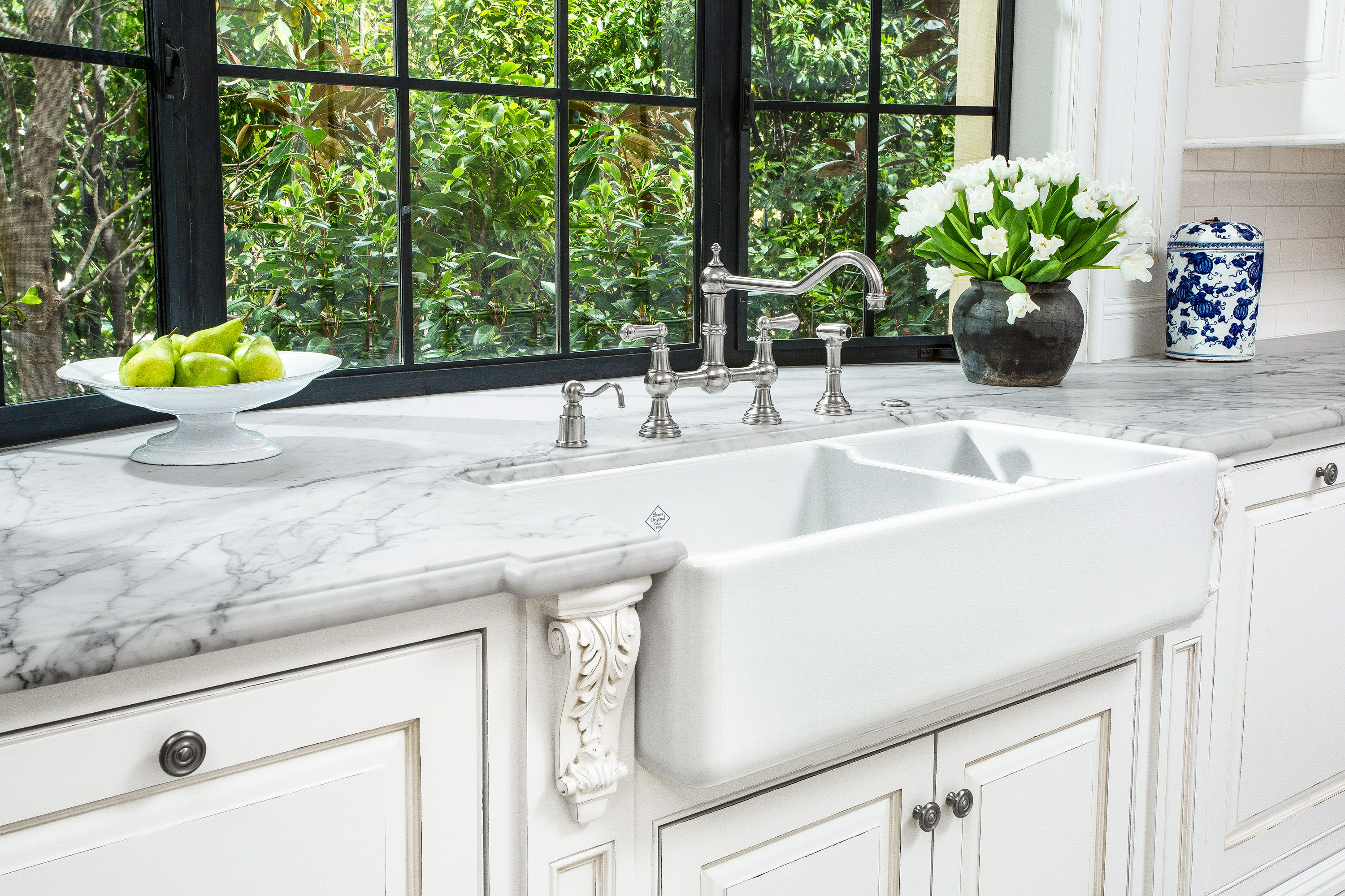All About Farmhouse Sinks Kitchen Remodel Small Farmhouse Sink