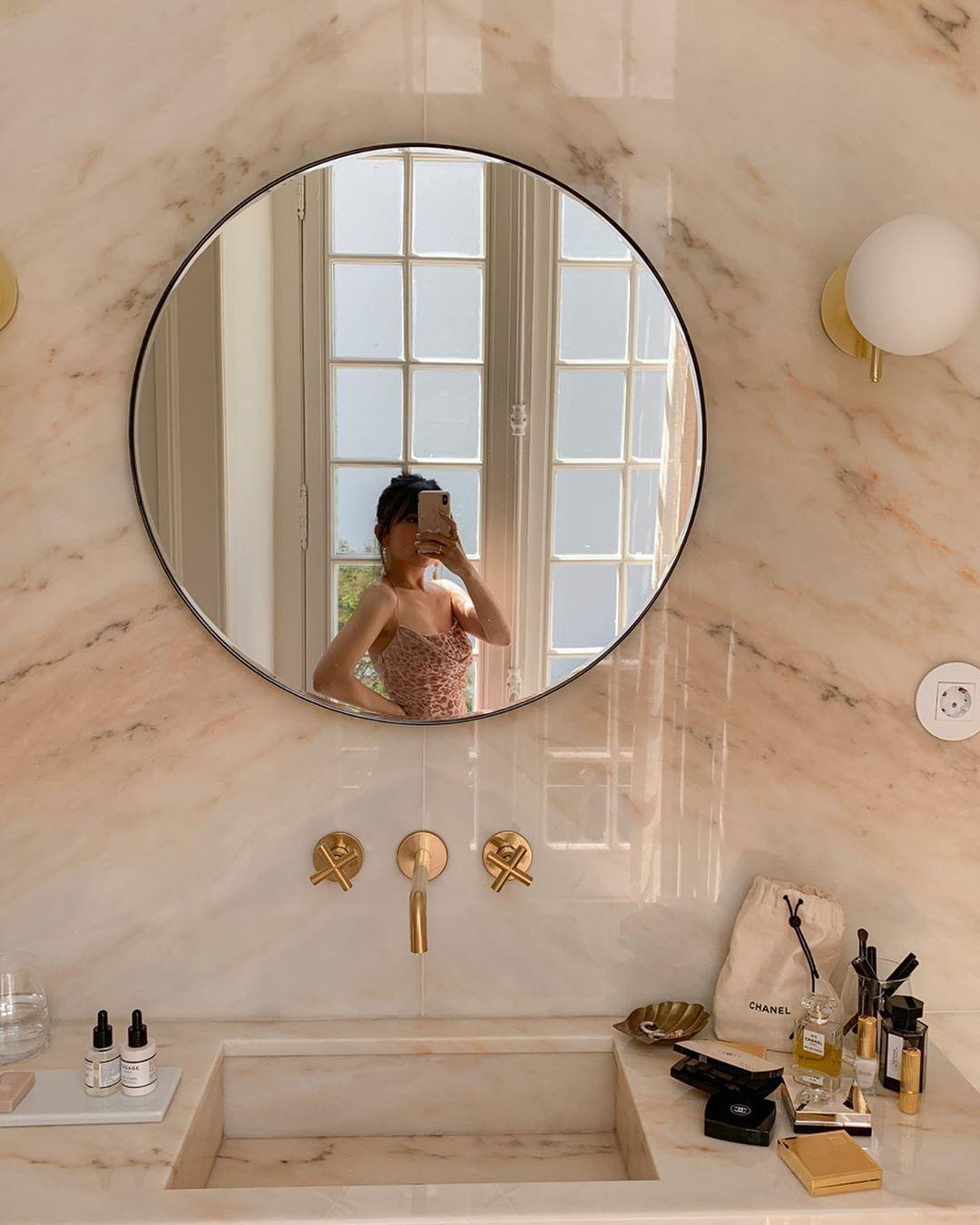 Hegia De Boer On Instagram Bathroom Goals And My Travel Beauty Essentials I Always Appreciate When Hotels Bathroom Goals Bathroom Design Decor Essentials