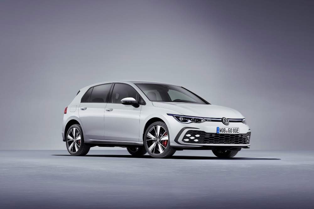2021 Vw Golf Gti Uk Pricing Announced Costs More Than Rival Fwd Hot Hatches Carscoops Volkswagen Golf Gti Volkswagen Golf
