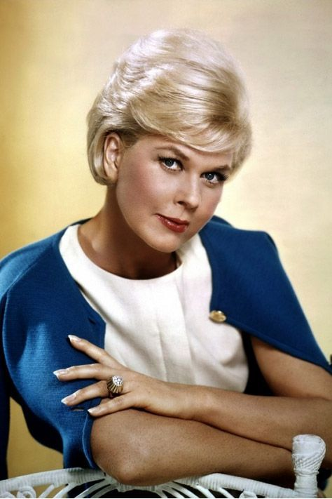 Classic Hollywood From A to Z: D is for Doris Day #classicactresses Doris Day is one of the greatest singers and actresses from the Golden Age of Film. Join me as we discuss her illustrious career. #hollywoodgoldenage