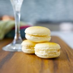 Pineapple Macarons with real freeze-dried pineapples