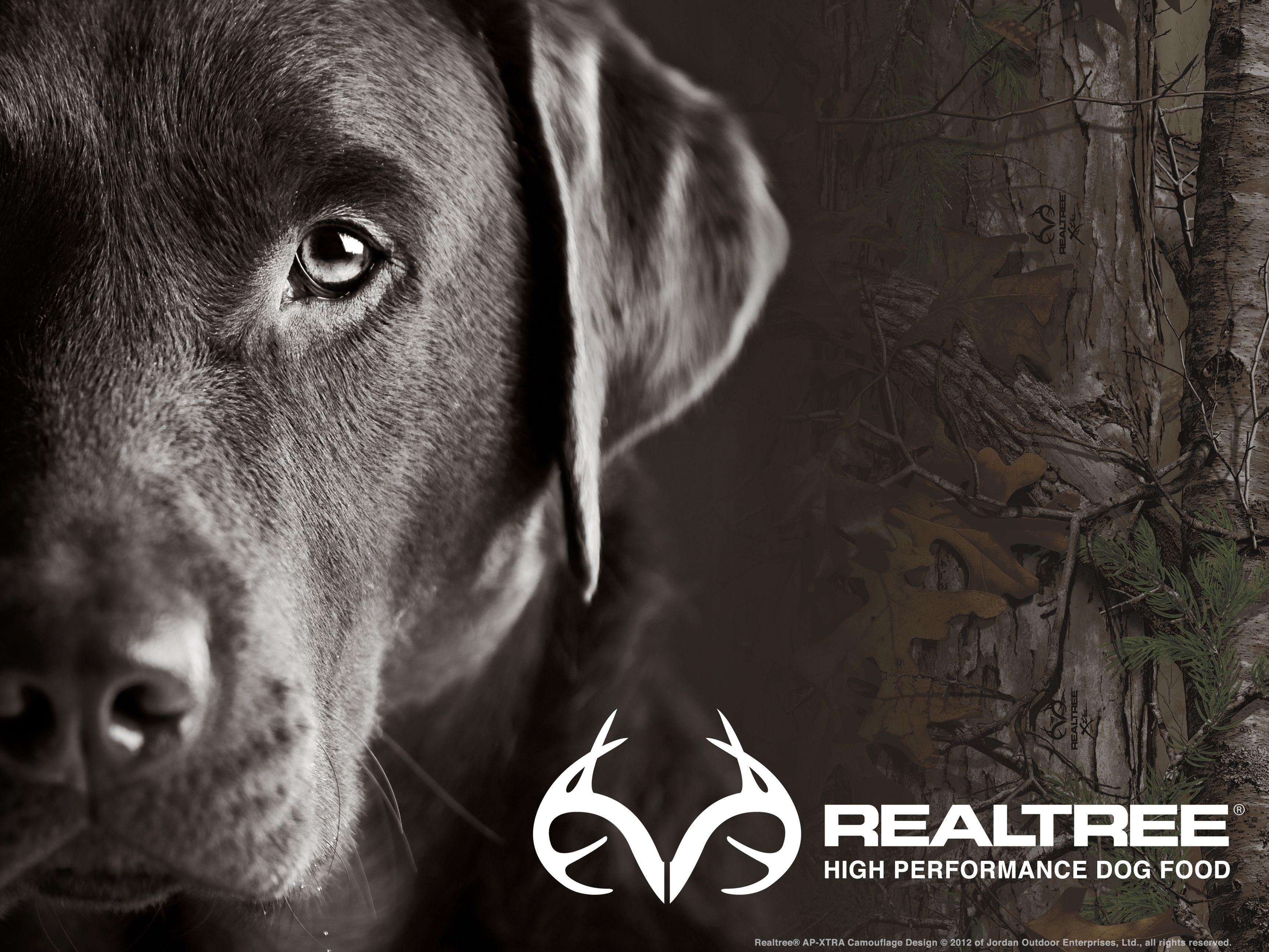 Fullscreen Realtree® HIgh Performance Dog Food Wallpaper