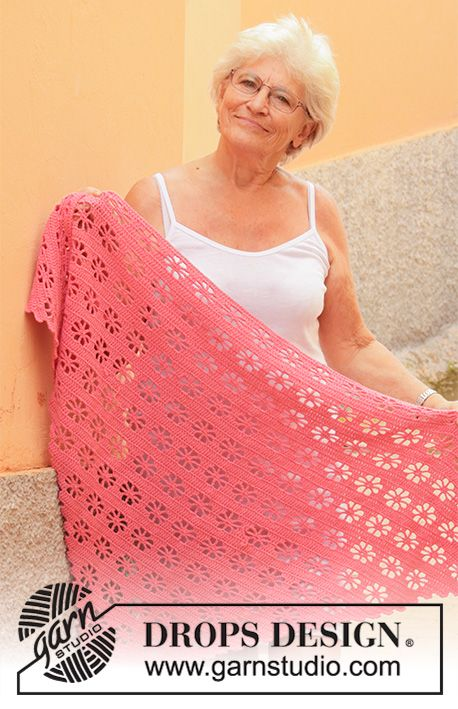 Photo of Marion's garden / DROPS 202-16 – free crochet patterns by DROPS design