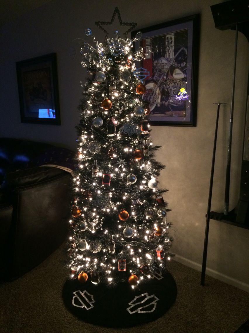 man cave christmas decorations. Black Bedroom Furniture Sets. Home Design Ideas