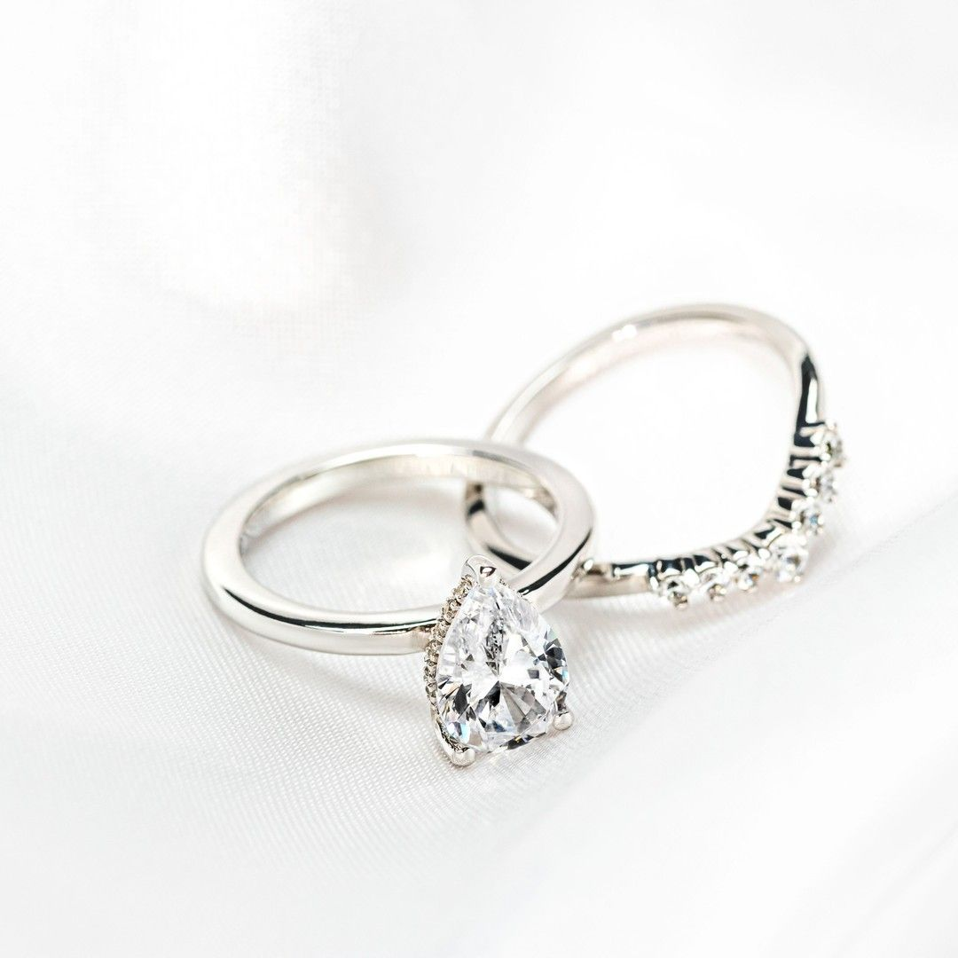 Miadonna Cordelia Wedding Set In 2020 Conflict Free Engagement Ring White Gold Rings Wedding Sets