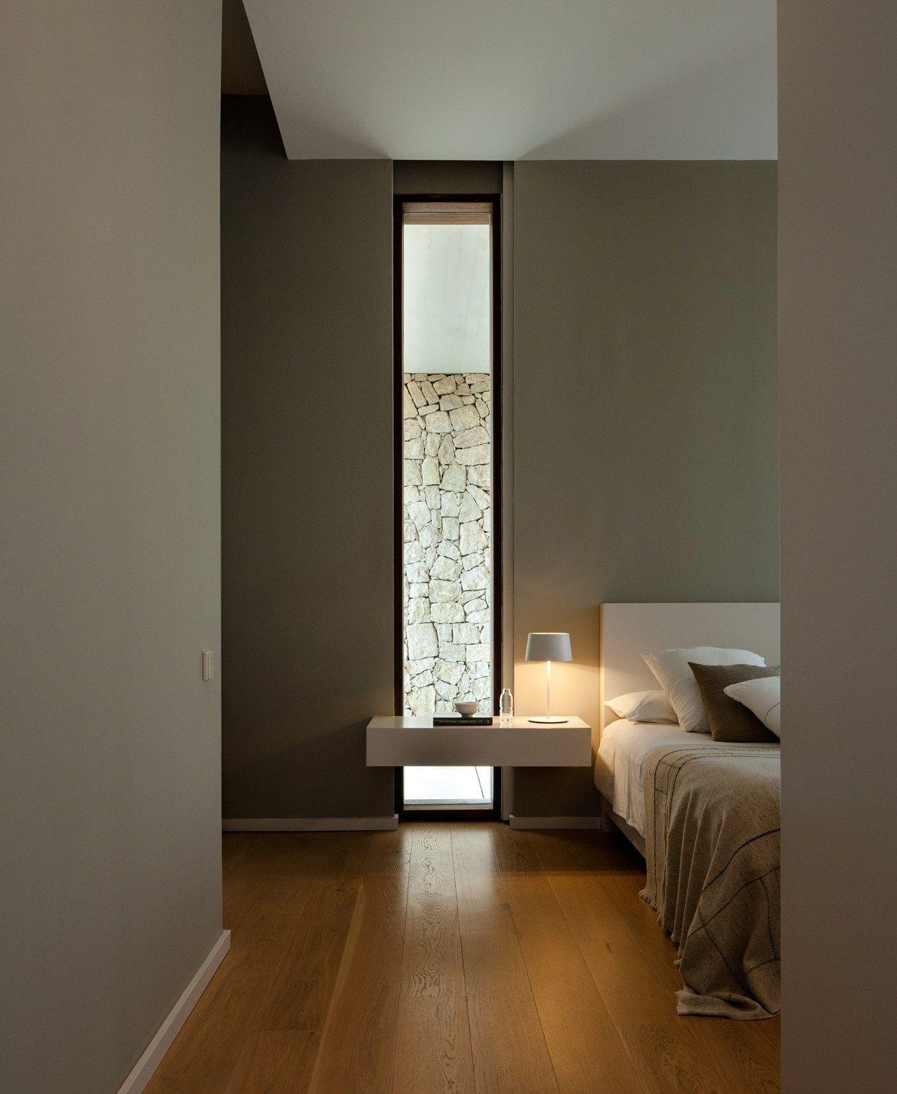 Illuminare la camera da letto la giusta atmosfera con le lampade vibia interiors bedrooms - Illuminare la camera da letto ...