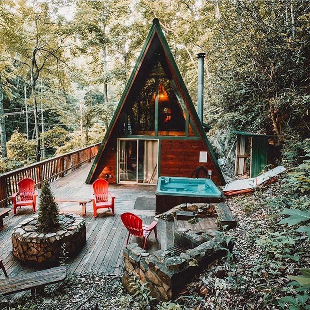 Tiny House Tiny House Plans Tiny House Interior Tiny House Plans On Wheels Modern House Design Living In 2020 Tiny House Ideas Cottages Small House House In The Woods