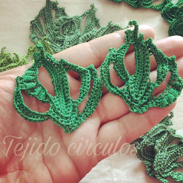 Más hojas para mi blusa #crochetirlandes #crochet #ganchillo ...
