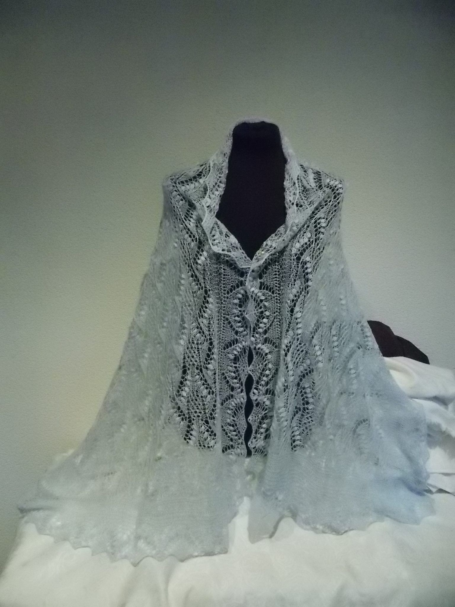 Haapsalu shawl / Lace of Estonia Pasqueflowee, light-blue | Haapsalu ...