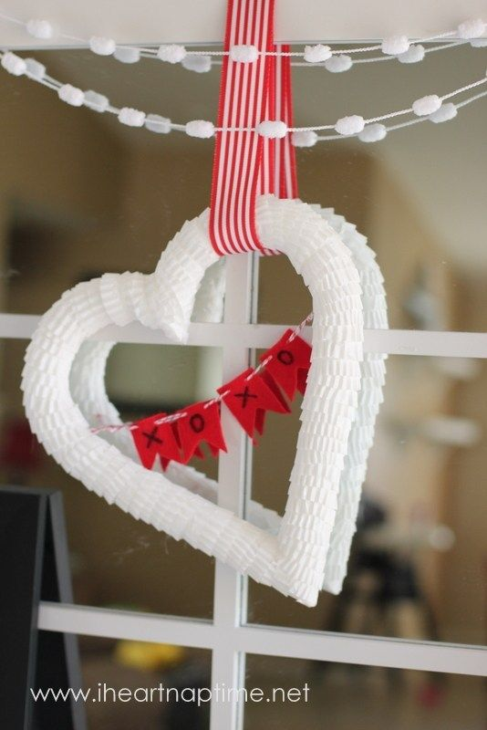 How To Make a Heart Shaped Wreath Form | FYNES DESIGNS