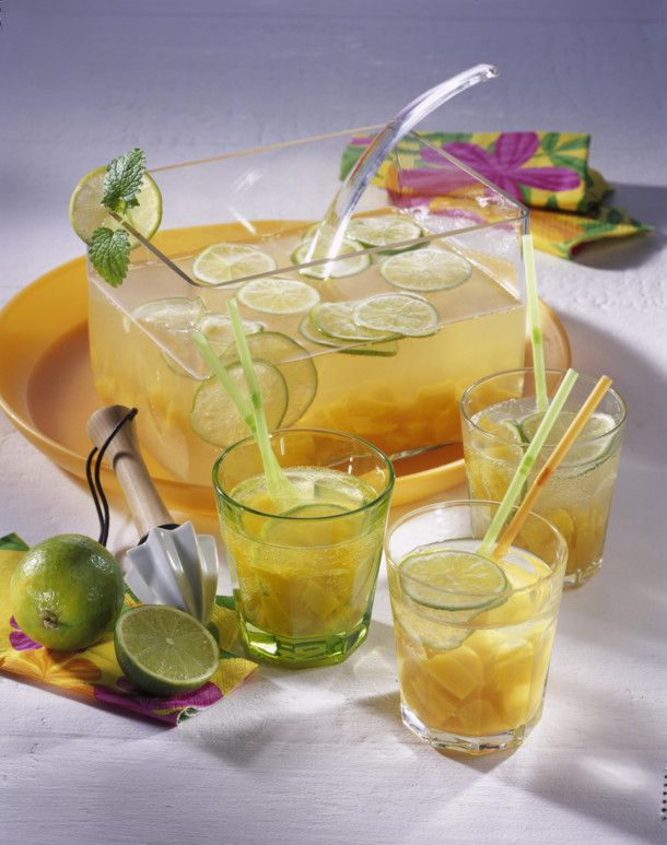 Pfirsich-Caipirinha-Bowle Rezept | LECKER