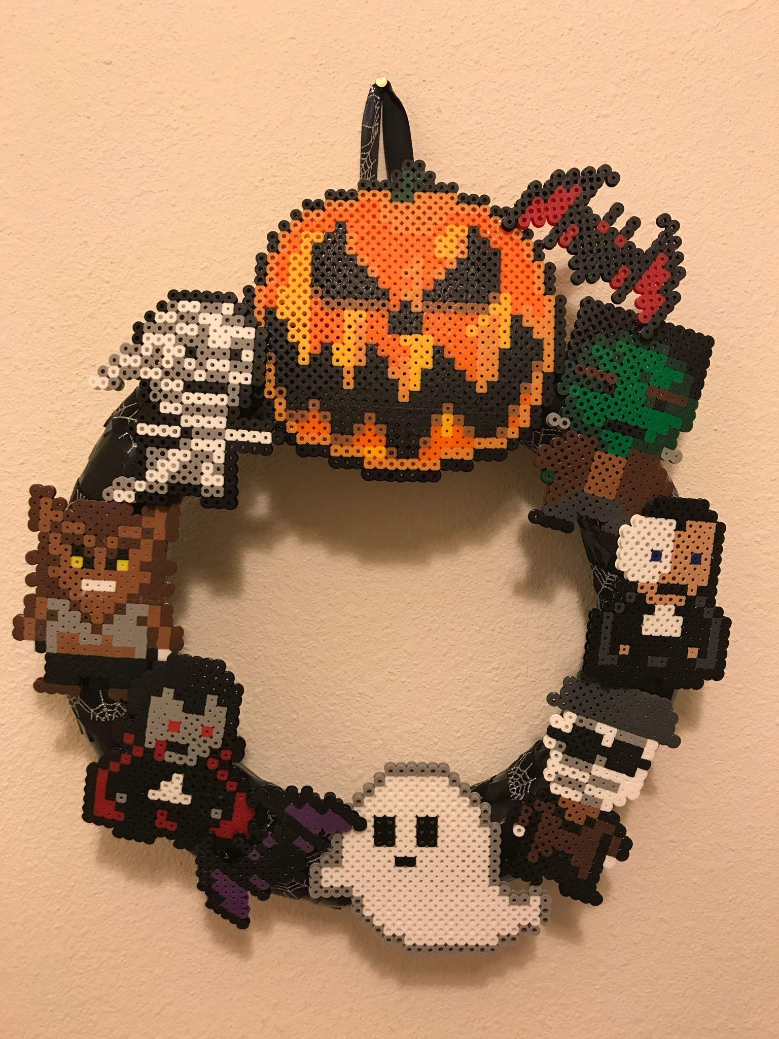 Halloween Perler Bead Wreath | Perler beads designs ...