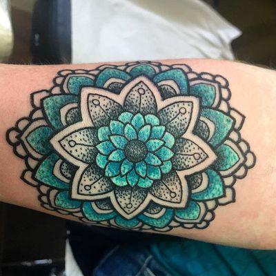 Colour Mandala Tattoo Google Colorful Mandala Tattoo Tattoos Cover Tattoo