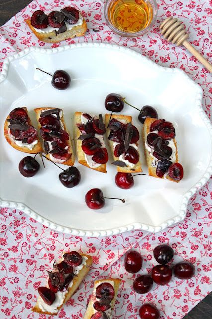 Cherry Bruschetta.  A light little treat if you use reduced-fat cream cheese.  Dark chocolate and cherries...what's not to love?