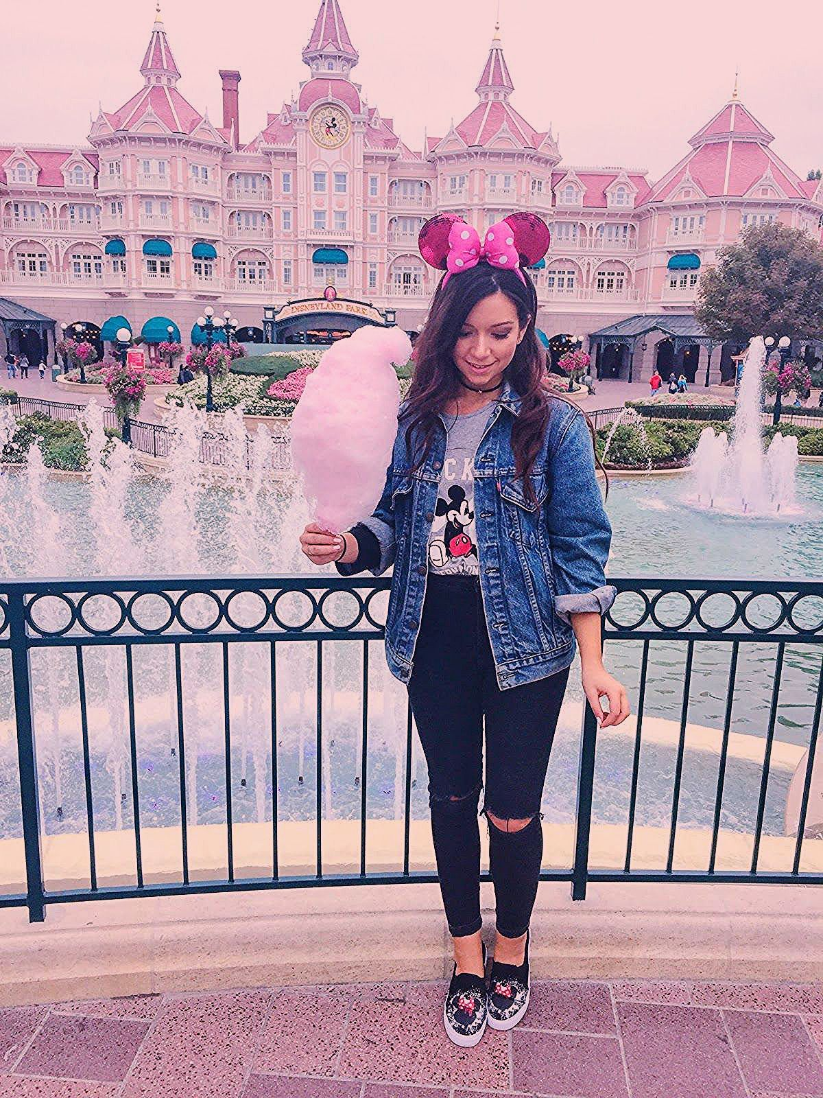 Photo of The Most Instagrammable Places At Disneyland Paris – Dizzybrunette