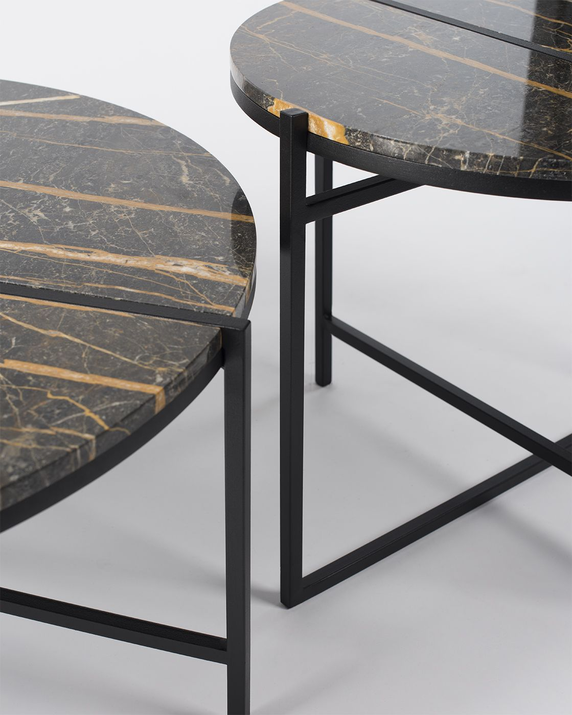Ig Round Table Detail1 Jpg Marble Tables Design Black Marble Coffee Table Dining Table Marble