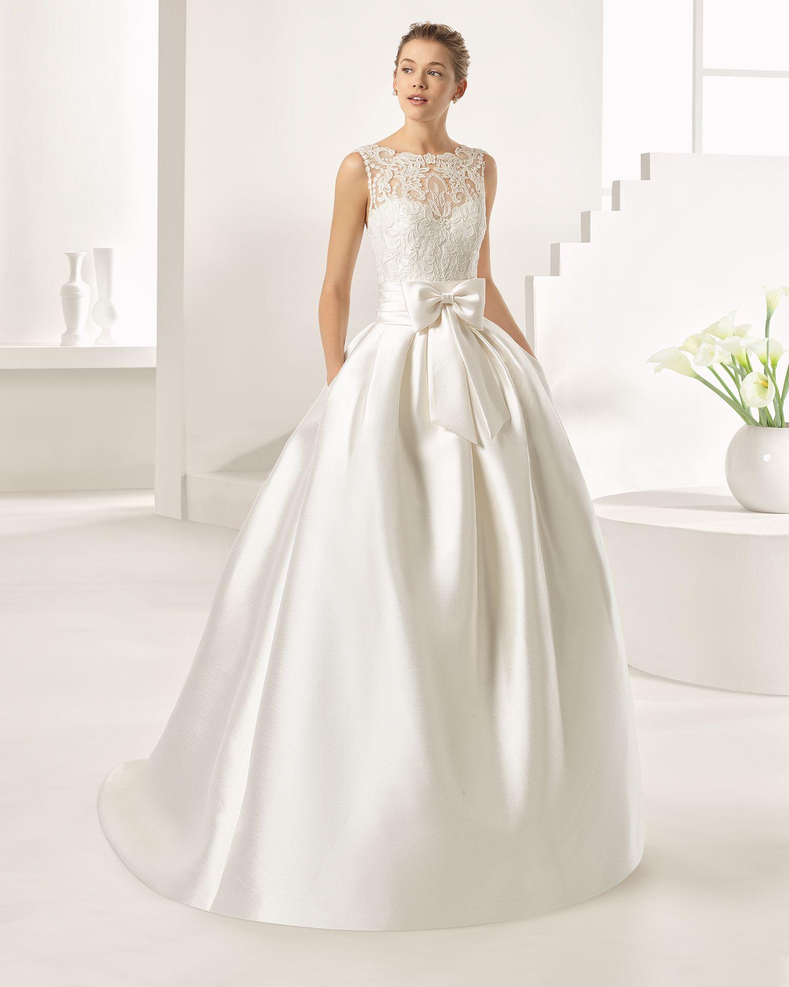 Vestido novia rosa clara encaje