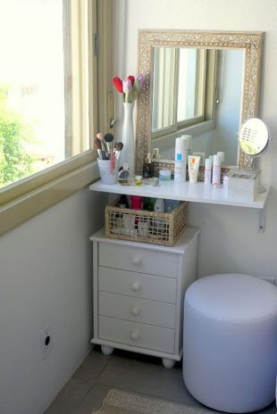 36 Adorable Make Up Vanity Ideas Suitable for Small Space | Small ...