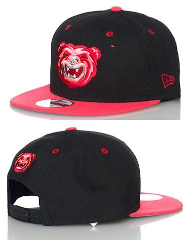 NEW ERA Minor League Baseball snapback cap Mobile BayBears embroidered logo  on front Adjustable strap on back of hat for comfort Jimmy Jazz Exclusive 4322b604f3c