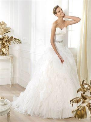 Romantic Sweetheart Beadings Ruffles Tulle Wedding Dress WD1260
