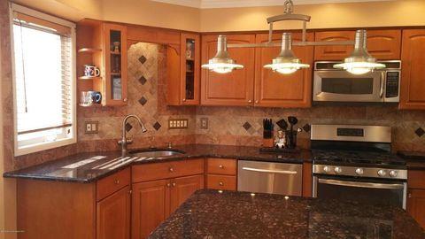 154 Impatiens Ct, Toms River, NJ 08753 | Home, Kitchen ...