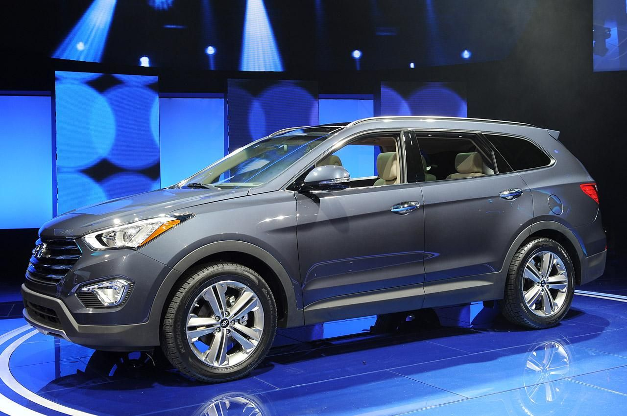 Практичный 2013 Hyundai Santa Fe