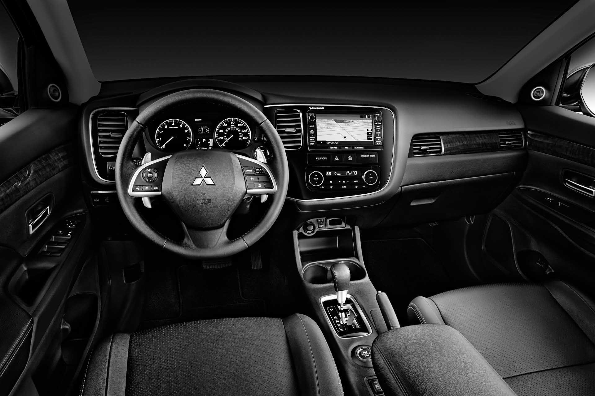 10+ impressive 2015 Mitsubishi Outlander Interior pictures