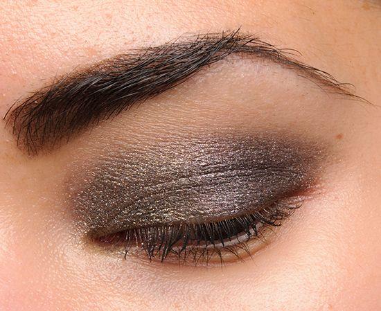 54dc7be3d7 Diorshow Fusion Mono Eyeshadow Hypnotique (881)   Makeup Tips   Dior ...
