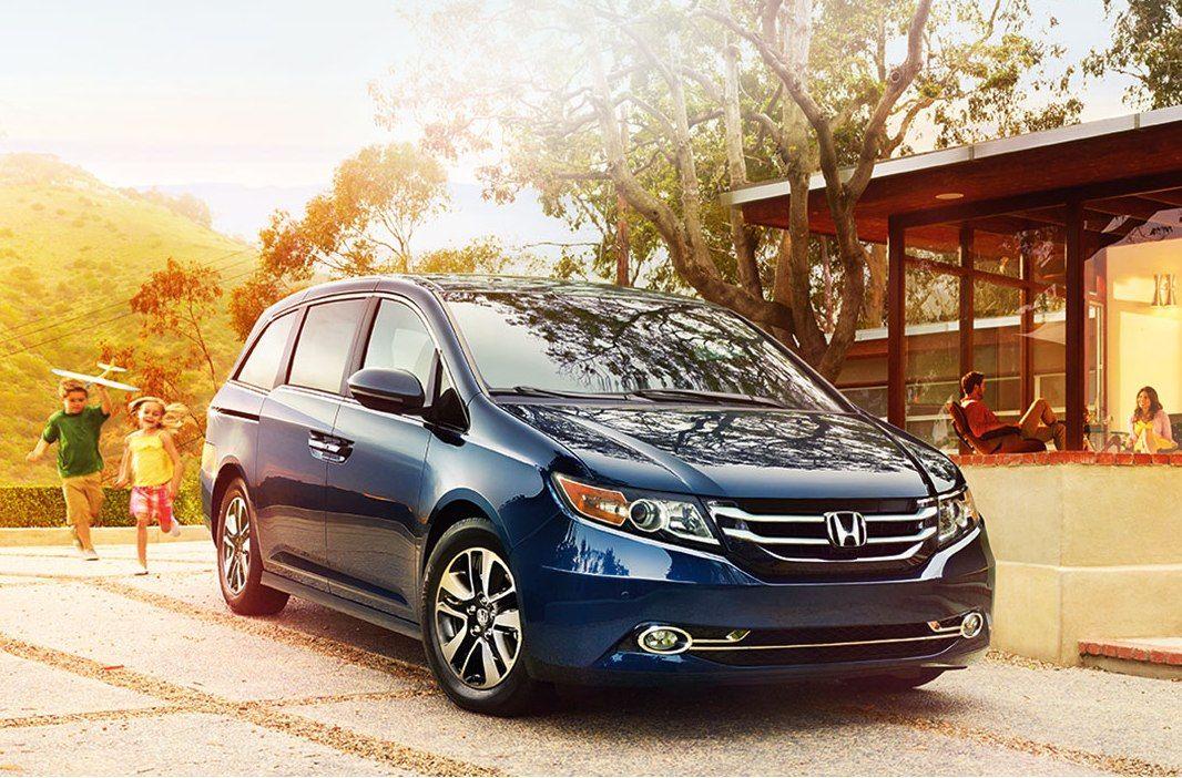 2017 Honda Odyssey Front View Blue Color Honda Odyssey Honda Odyssey Touring Honda Odyssey Touring Elite