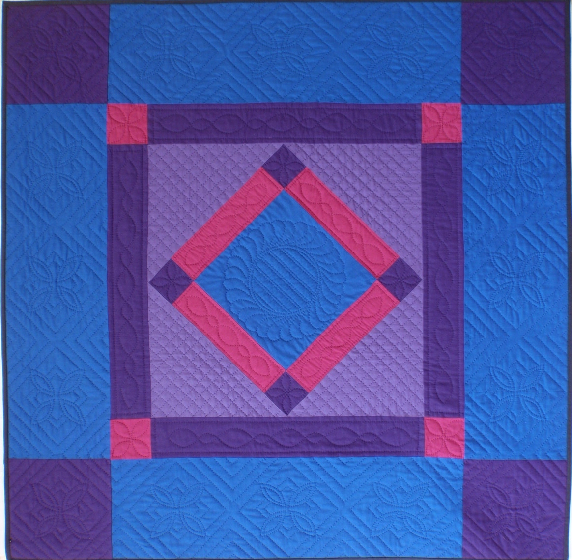 Lancaster Diamond (Amish quilt), hand quilted by Robyn at Patchwork Passion (New Zealand ...