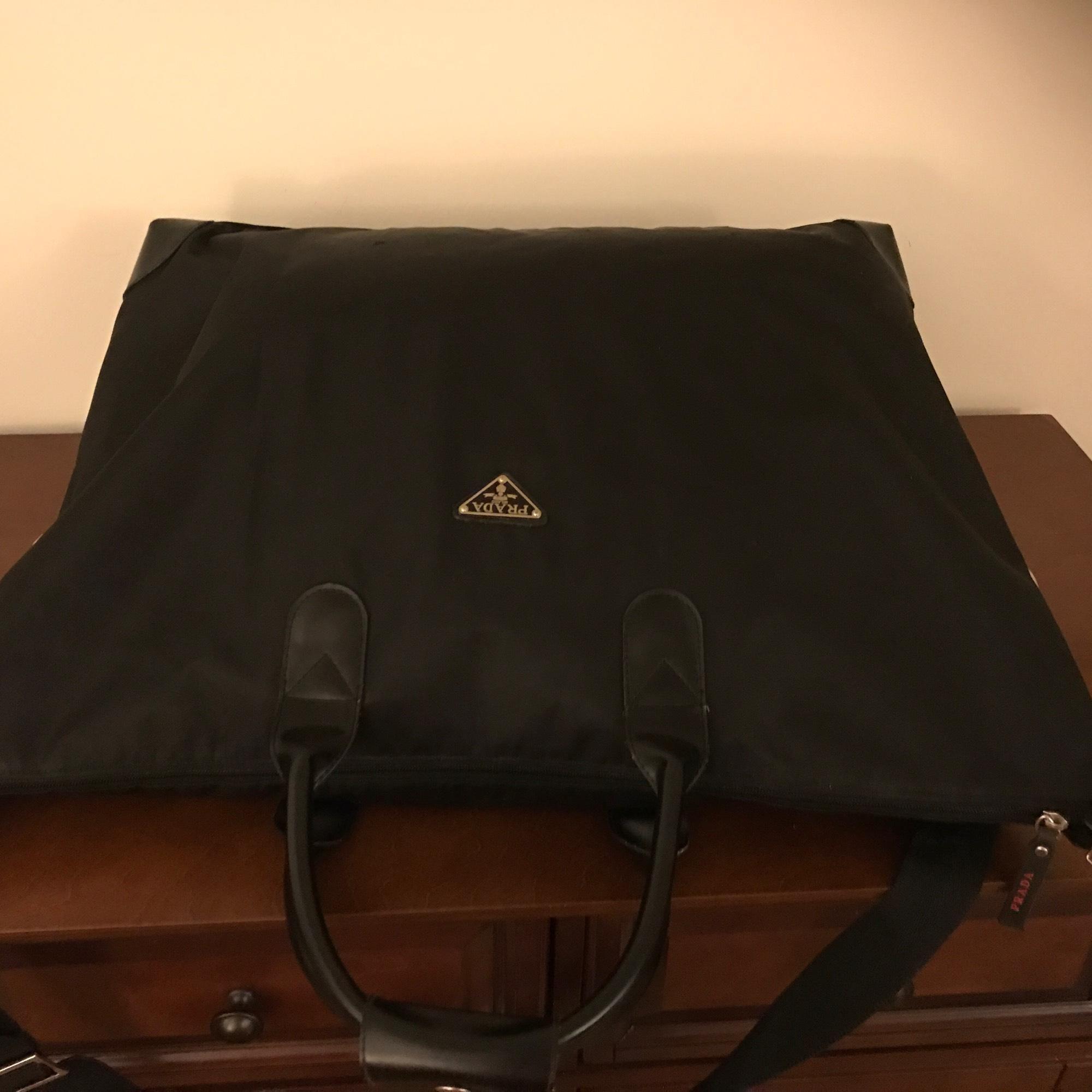 Prada Black Weekend Travel Bag 72% off retail c5379065409b0