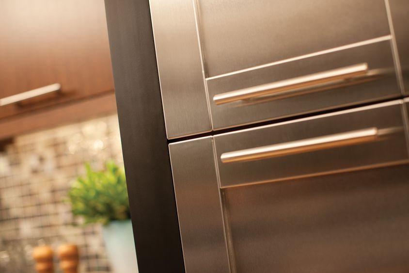 Etonnant Stainless Steel Cabinet Doors Are A Chic Accent For Any Contemporary, Modern,  And Transitional Designs.   Dura Supreme Cabinetry