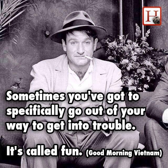 11 Robin Williams Jokes To Celebrate A True Comedy Legend Robin Williams Quotes Robin Williams Good Morning Vietnam