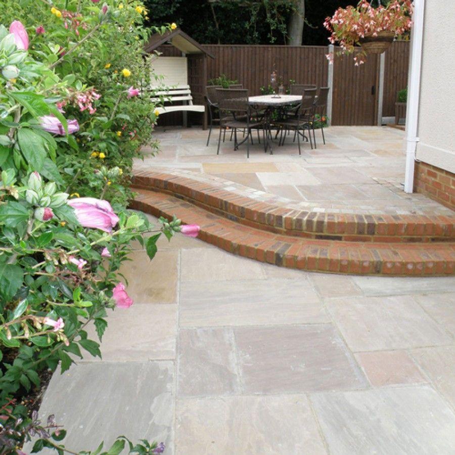 natural pavingriven sandstone u0027classicstoneu0027raj lakelandpaving slabs patio slabs u0 slabs