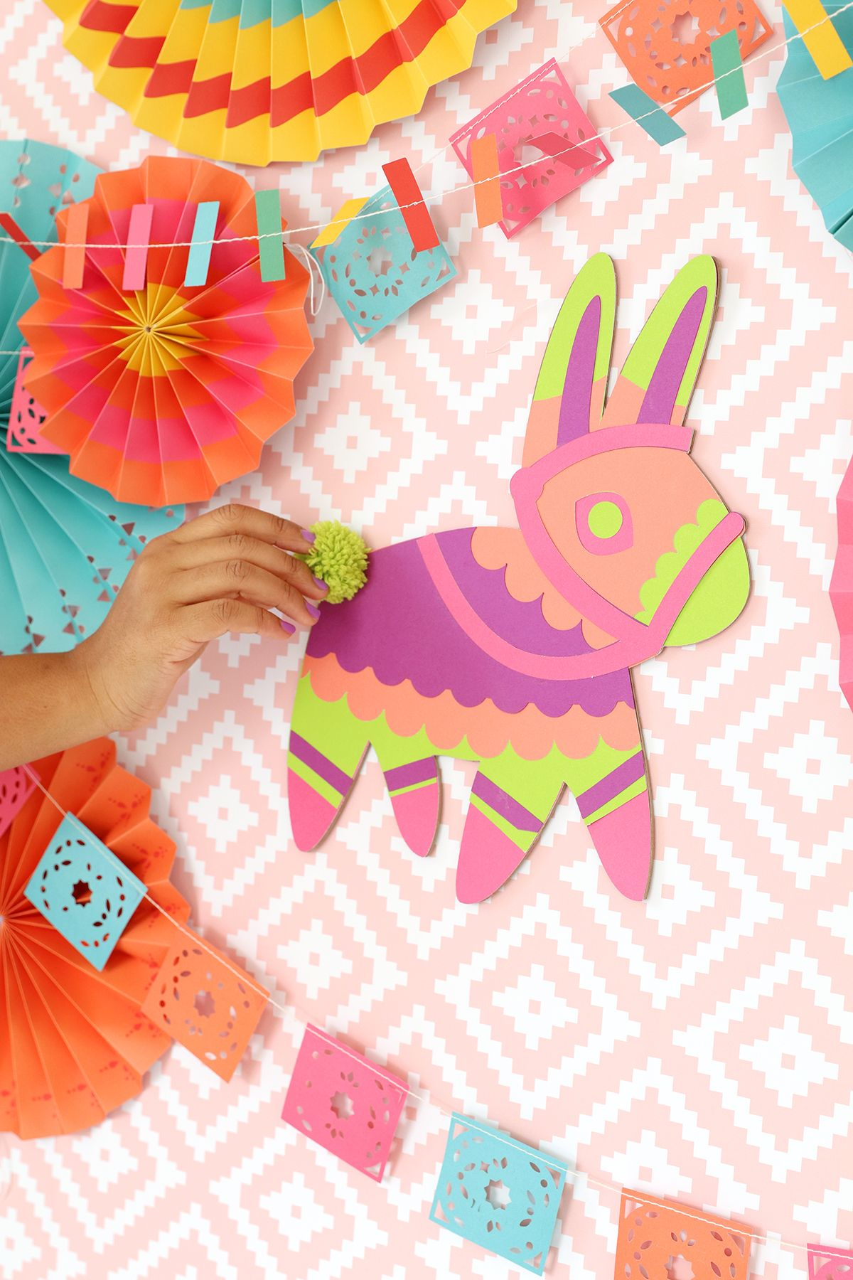 Diy Pin The Tail On The Pinata  Damask Love