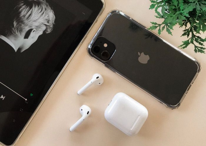 Comment Apple Likely Won't Bundle AirPods With 2020