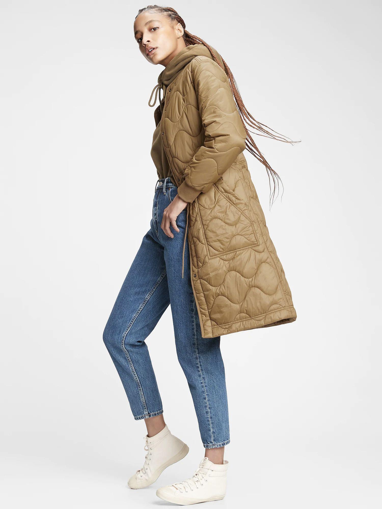 We Ve Fallen In Love With Grandma Coats Winter S Viral Fashion Trend Women S Puffer Coats Puffer Coat Long Puffer Coat Street Style [ 2000 x 1500 Pixel ]