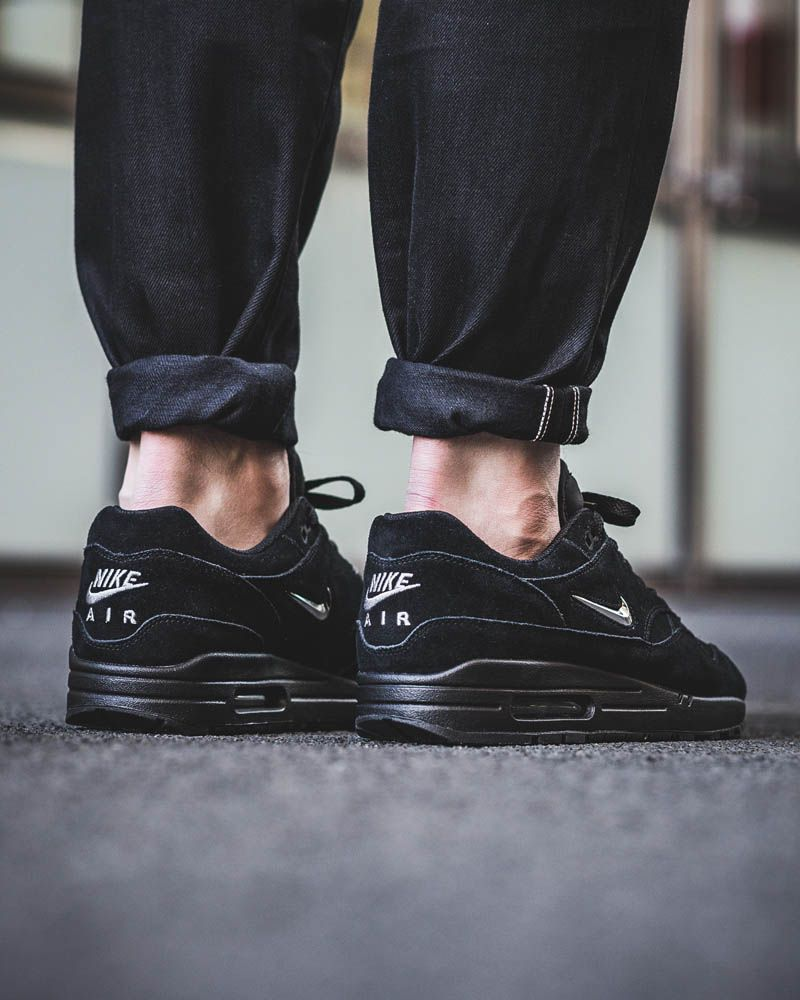 5c0be7de5702 What you should hate about the latest NIKE Air Max 1 Premium Jewel Types Of  Shoes