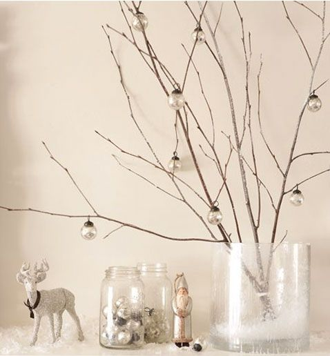 d coration de no l avec branche bois et boules en verre christmas pinterest boule en. Black Bedroom Furniture Sets. Home Design Ideas