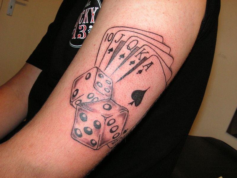 Pin By Rita On Idees Tatouage Dice Tattoo Gambling Tattoo Poker Tattoo
