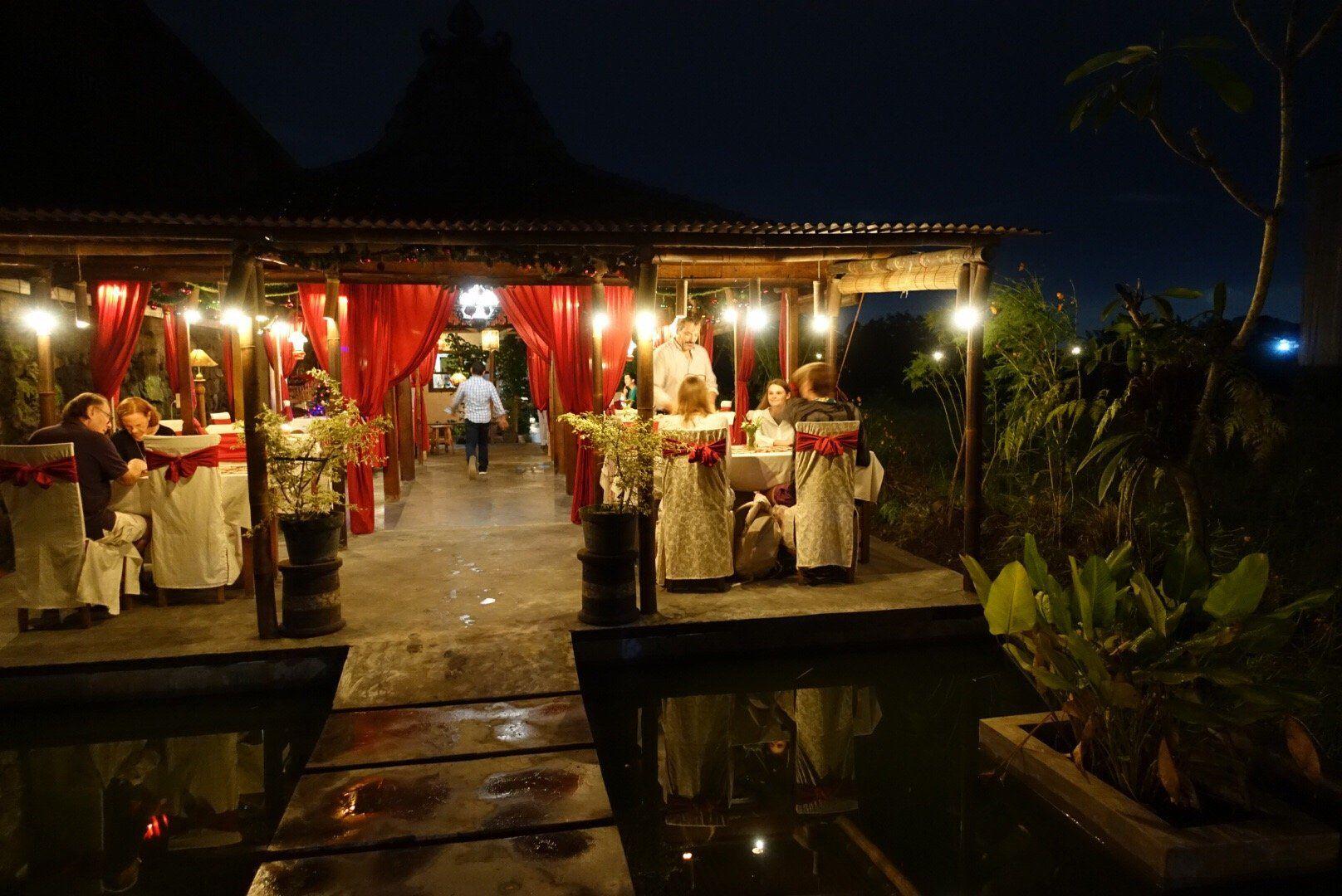 Rosella Easy Dining, Sleman Restaurant Reviews, Phone