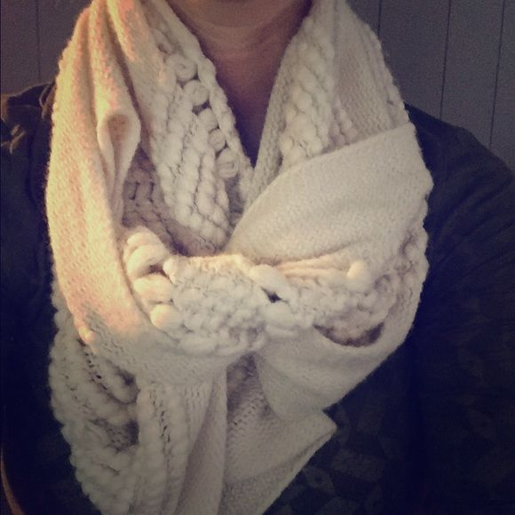Super comfy infinity knitted scarf from the buckle Great scarf!! Perfect condition. BKE Other