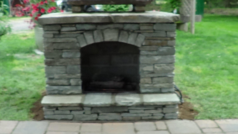 Mike haduck a pennsylvania stone mason builds a gas outside