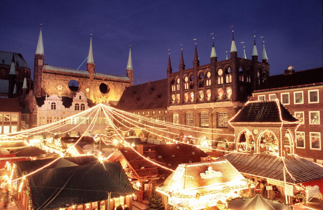 Lübeck Weihnachtsmarkt. Christmas market, Christmas