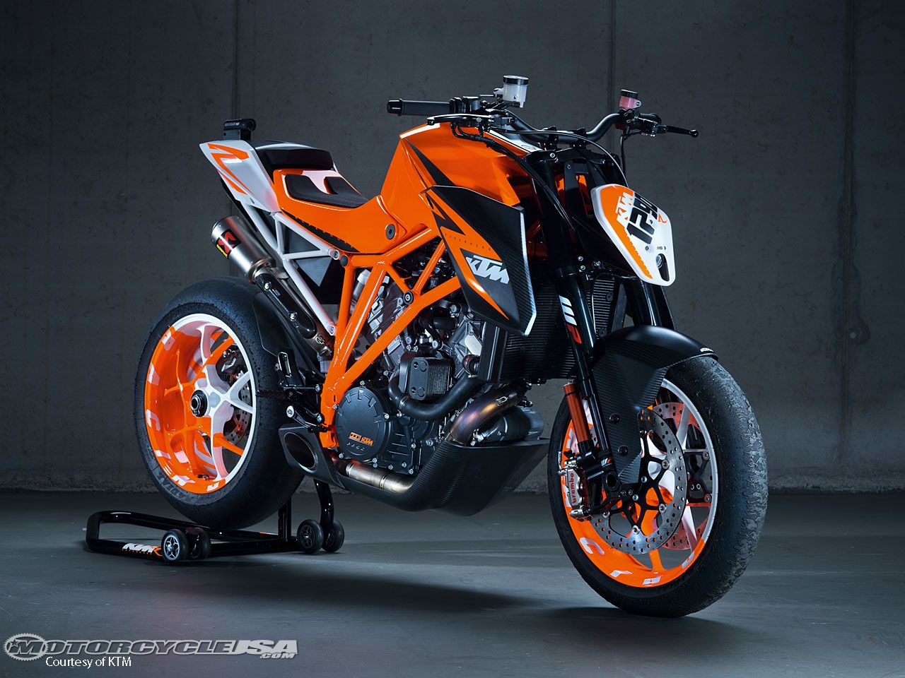 ktm super duke 1290 ktm super duke 1290 auf der eicma seite 7 fremdmarken modelle. Black Bedroom Furniture Sets. Home Design Ideas