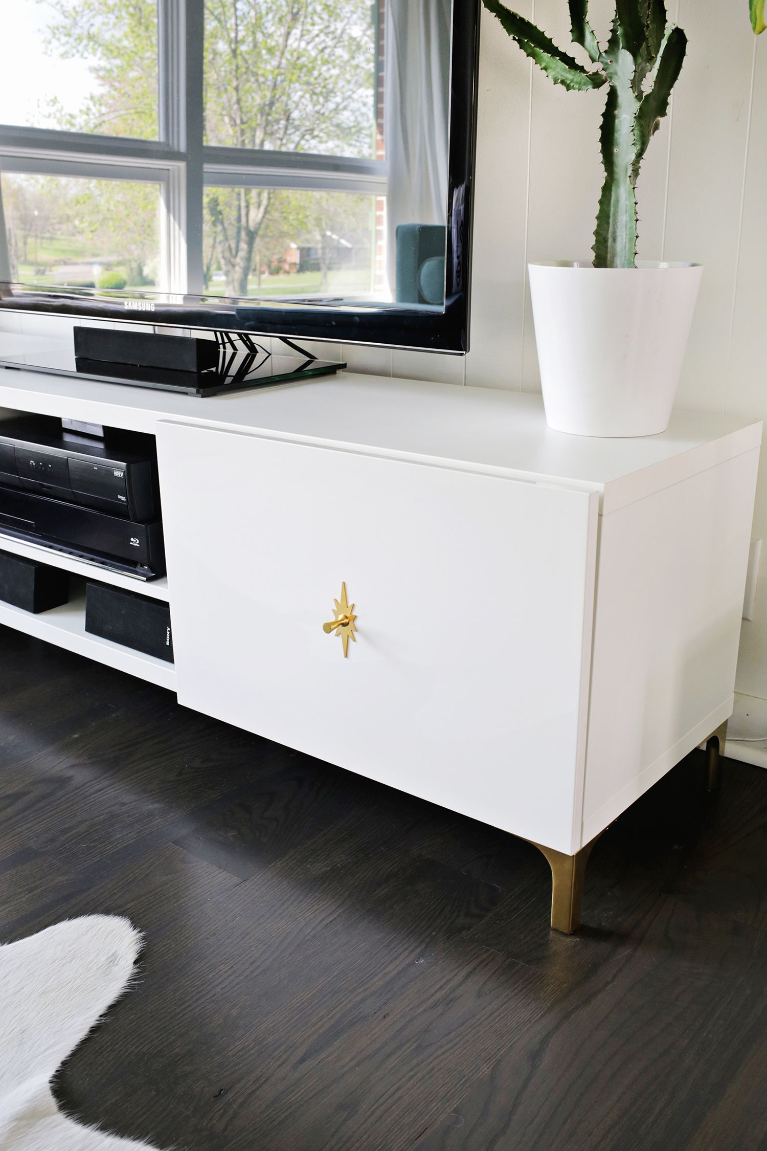 Make Your Tv Stand More Midcentury Click Through For