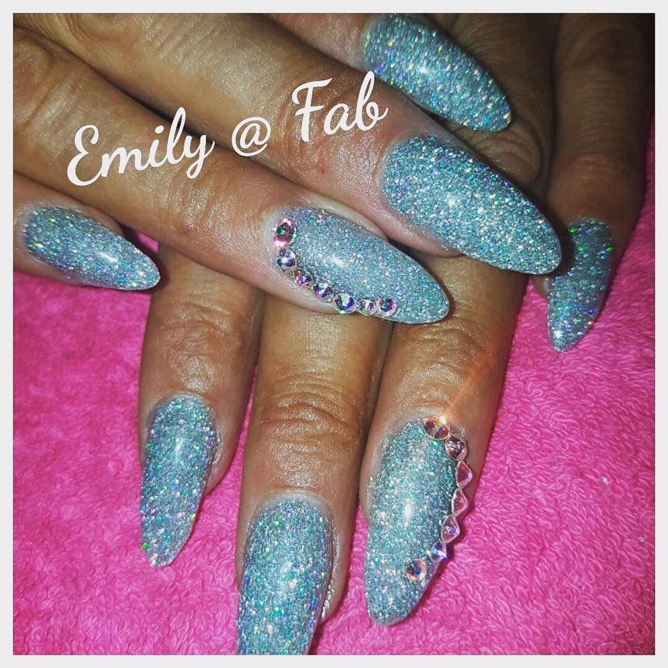 Pin by sarah wood on glitter nails pinterest glitter nails