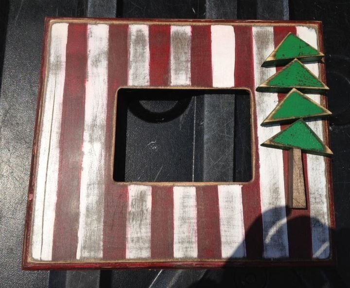 Handmade distressed 5x7 Christmas picture frame. Has glass ...