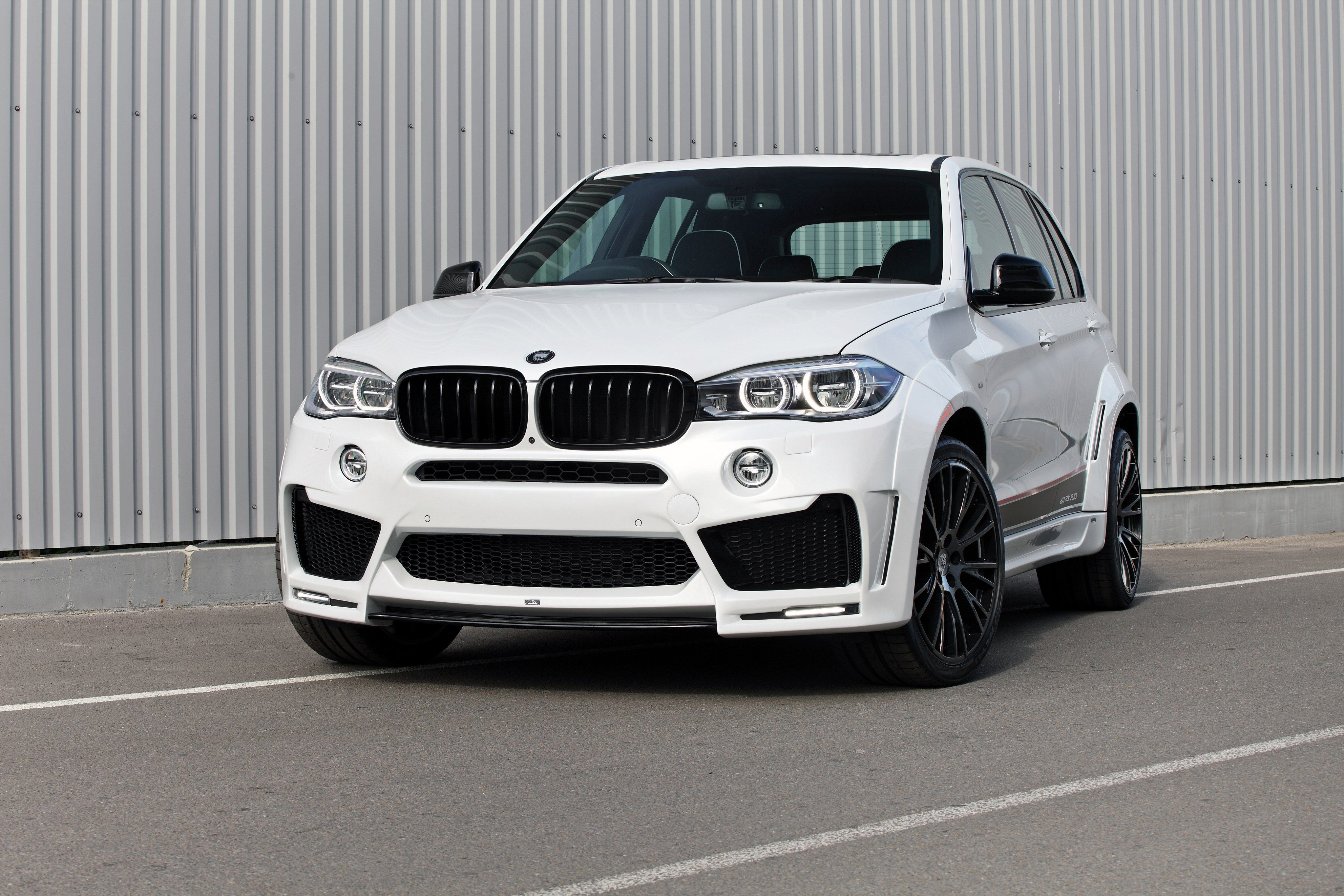 Bmw X5 4k Wallpaper 4096x2731 Wallpaperscreator Pinterest
